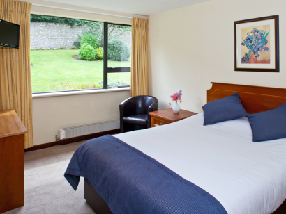Corrib 2 bedroom - Fitzpatrick Castle self-catering holiday vactations