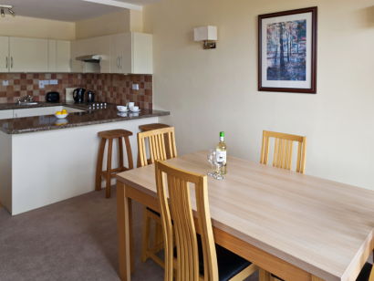Dargle 1 dining room - Fitzpatrick Castle self-catering Holiday homes