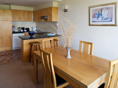 Dargle 3 dining room - Fitzpatrick Castle self-catering Holiday homes